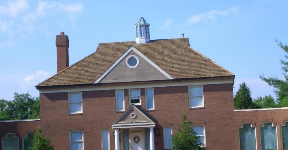 100320055857_cedar_roof_woodmore